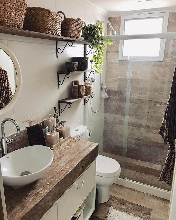 Rustic Bathroom Cabinet, Rustic Bathroom Mirrors, Rustic Bathroom Designs, Rustic Bathrooms, Bathroom Design Small, Bathroom Layout, Bathroom Interior, Ideas Baños, Big Bathrooms