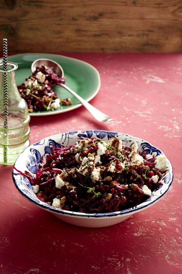 Unser beliebtes Rezept für Rotkohl-Rote-Bete-Salat mit Feta und mehr als 55.000 weitere kostenlose Rezepte auf LECKER.de.