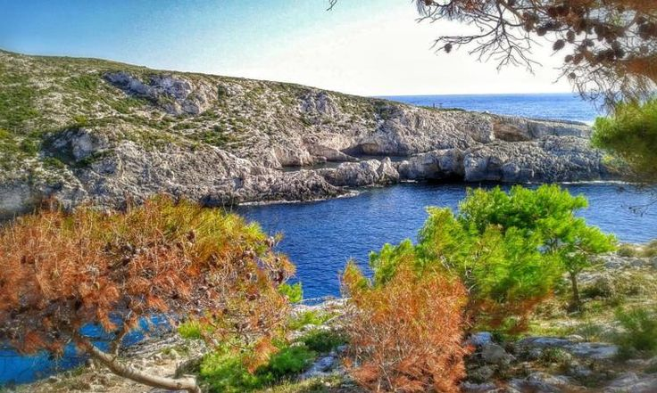 Porto Limnionas Zakynthos: A unique, rocky beach of wild beauty on the western part of zakynthos island.