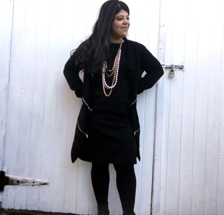 Off to work we go! #corporate #black #styleblogger
