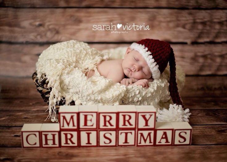 Newborn shoot... Too cute... think about other Holiday Variations <3 ~H
