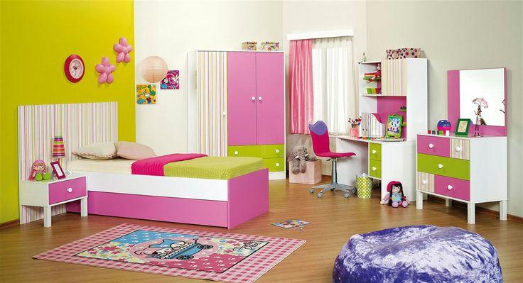 2014 yılında genç kız odaları dekorasyonu nasıl olmalı? Eğer genç bir kızınız var ise genç kız odası dekorasyonu tasarımları çok önem arz edecektir. Bu sebeple genç kız odası dekorasyonunu bu amaca uygun bir şekilde tasarlamamız gerekmektedir.