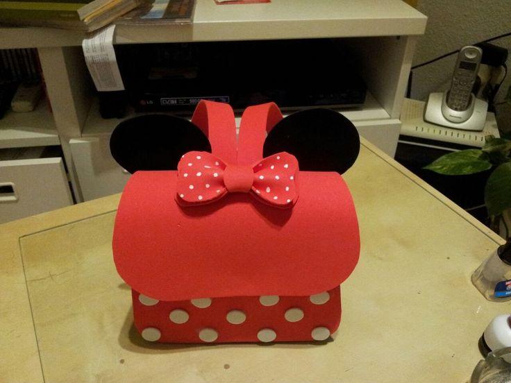 Saiba como fazer a mochila do Mickey e da Minnie