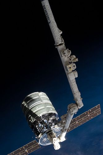 Canadarm2 and Cygnus