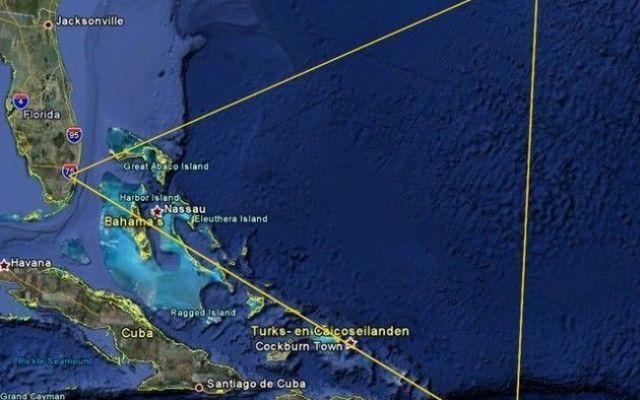 Triangolo Bermuda: finalmente la scioccante verità dopo molti anni Finalmente è arrivata la scioccante verità sul famigerato Triangolo delle Bermuda. Questa zona dell'oceano Atlantico è particolarmente nota perché si dice sia il cimitero di molte navi e altrettanti