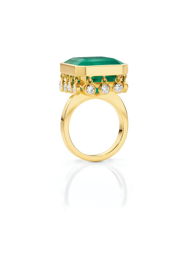 stunning emerald ring by Fairfax & Roberts