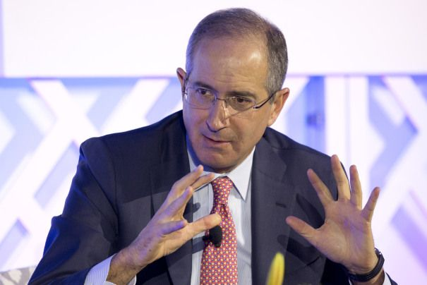 Comcast CEO Says Growth From NBCU Businesses Will Offset Lower TV Ratings