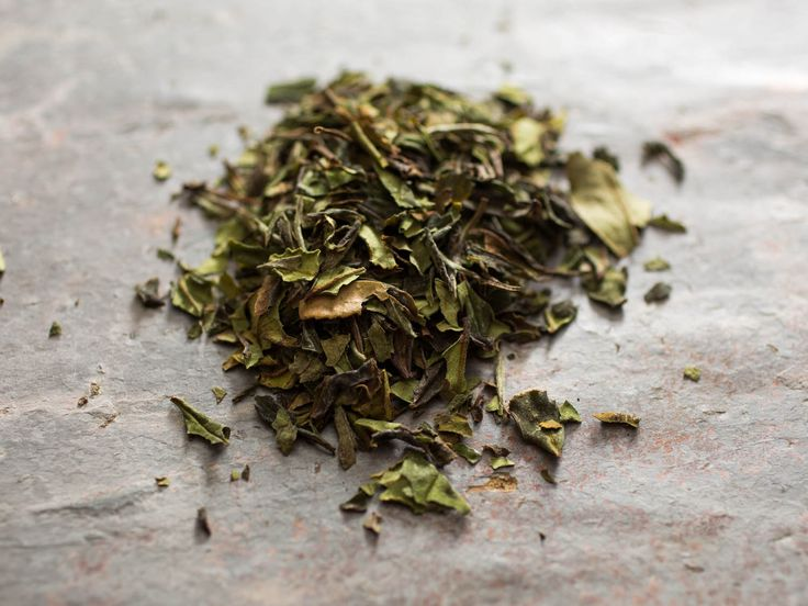 Beyond English Breakfast: An Introduction to the World's Great Teas----White Tea