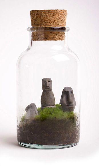terrariums are beautiful, even in miniature. Love the statues but want a more square and wider jar