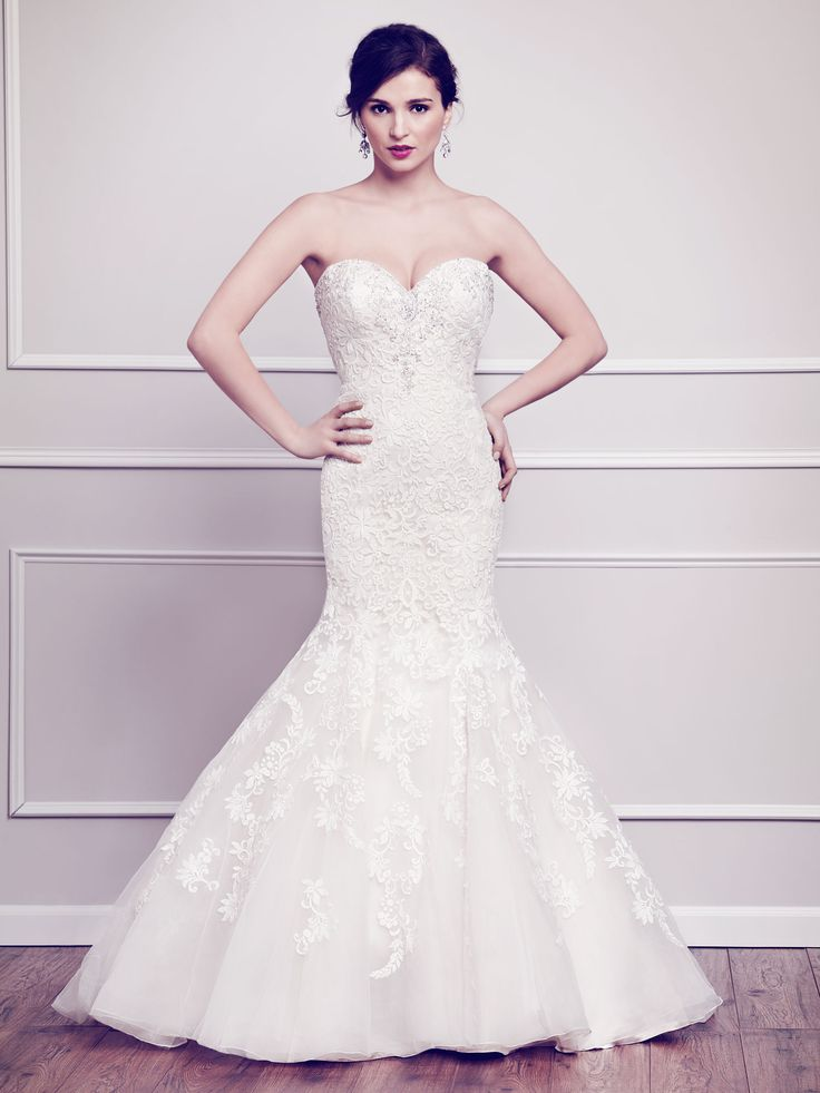I Wish More People Knew About This Designer The Dresses Exquisite So Much Beading Wedding Dress StylesWedding
