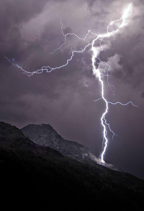 Lightning On The Mountain Lightning Oh YeaH Pinterest