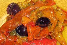 I peperoni in agrodolce sono un piatto gustoso e appetitoso, e valorizzano qualsiasi pietanza alla quale sono accompagnati.