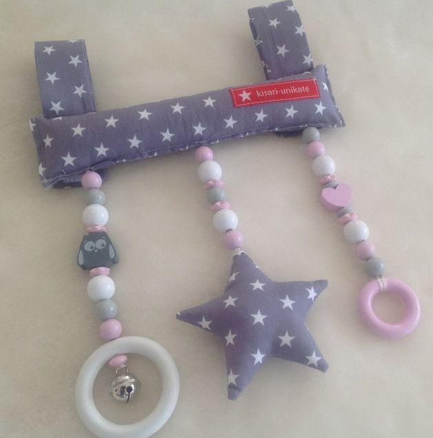 """Kinderwagenketten - Mobile für Babyschale """"Stern"""" - ein Designerstück von kisari bei DaWanda"""