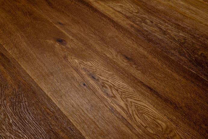 Assiti di Rovere Smoked Oliato rustico.  #Pavimenti in #parquet #rovere #flooring #legno #naturalwood #floor #design