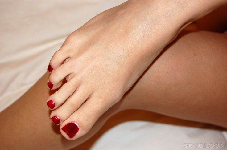 Bryci Bliss cute foot    http://www.superwallpapers.in/wallpaper/bryci-bliss-cute-foot.html