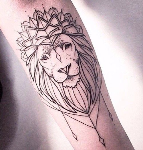 Tatouage tête de lion                                                                                                                                                                                 More