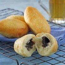 ROTI GORENG COKELAT  http://www.sajiansedap.com/recipe/detail/19439/roti-goreng-cokelat#.U_w7PvmSzAY