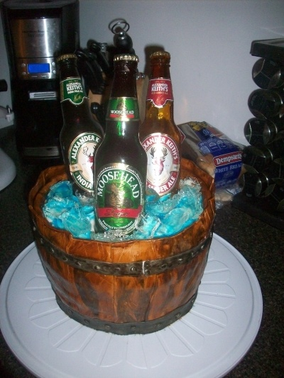 bucket of beer By BRATTYR on CakeCentral.com