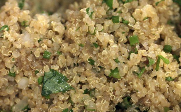 Salada de quinoa com legumes: receita da Bela Gil - Receitas - GNT