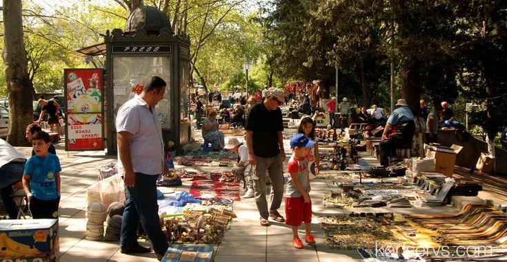 Сухой мост - базарчик в центре Тбилиси