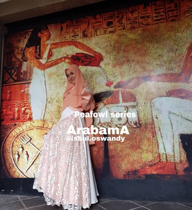 Peafowl series ArabamA www.instagram.com/isbul.oswandy, Olshop Fashion, Olshop Wanita on Carousell