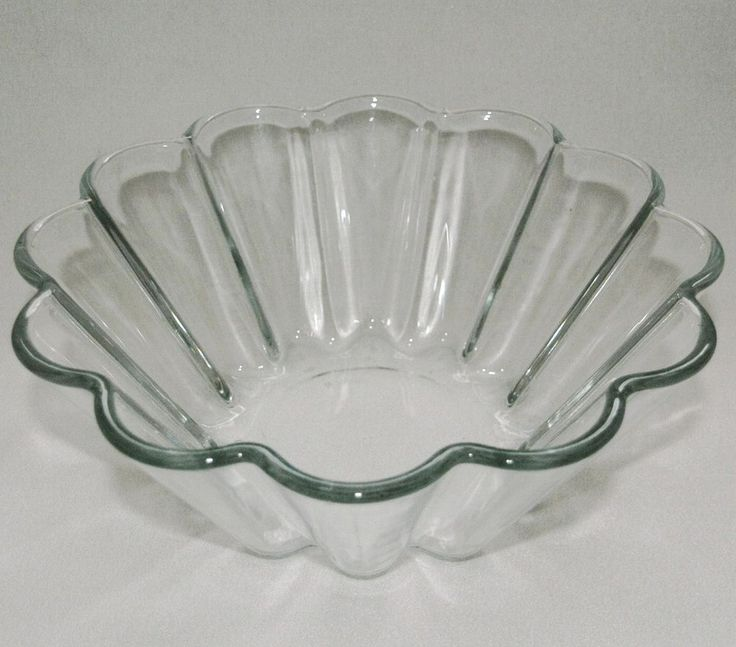 "Vintage Pyrex France fluted jelly trifle blancmange mould 8"" 20cm 2-pint, 823G"