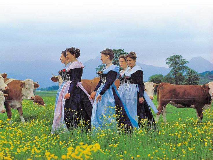 Bavaria- Lively folklore traditions and customs - Traditional costumes - Tradition - About Bavaria Vacations in Bavaria, Germany