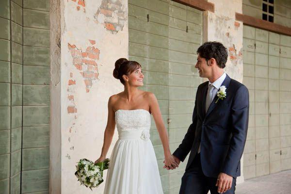 Un matrimonio informale con uno sposo in Converse: Ilaria e Cesare