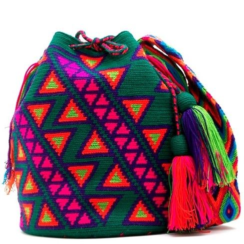 Jade Emerald Mochila Wayuu http://www.caritocaro.com/jade-emerald/