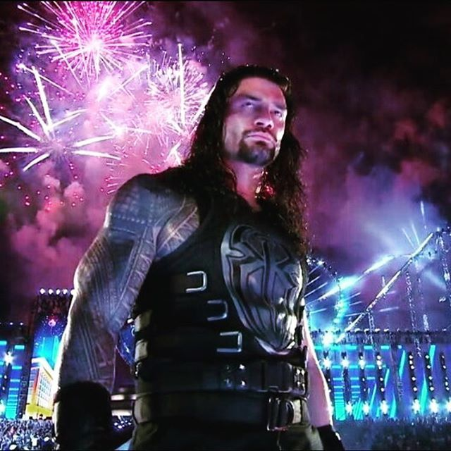 This is so badass.....ugh please do some type of heel things tonight 😈👿 #romanempire