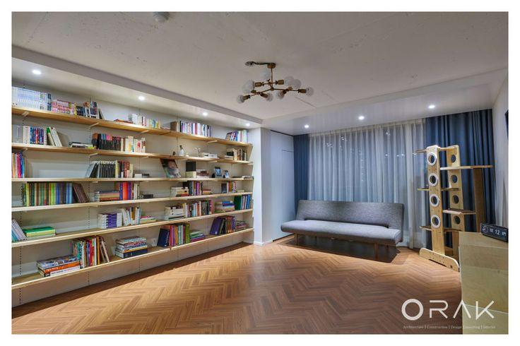 거실 디자인 검색: 사당동 우성아파트 2차 / 35평형 아파트 인테리어 당신의 집에 가장 적합한 스타일을 찾아 보세요