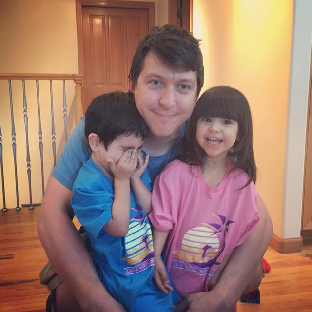 Only one hour left to get the Love~Love Paradise Tshirts! Visit teespring.com/aphmau to get yours today! Also here is Jason with our two people nuggets who have the kid style shirt on!