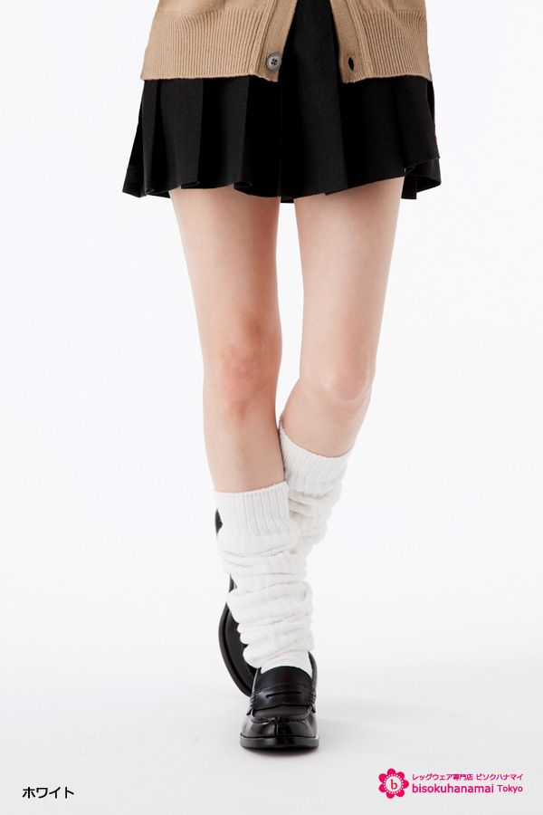 LOOSE SOCKS (Length:80cm)  JPY1,134-