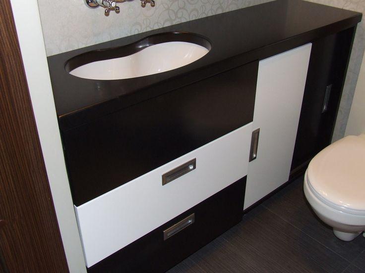 nawet w małej łazience można coś wymyśleć #meble #szafka #łazienka