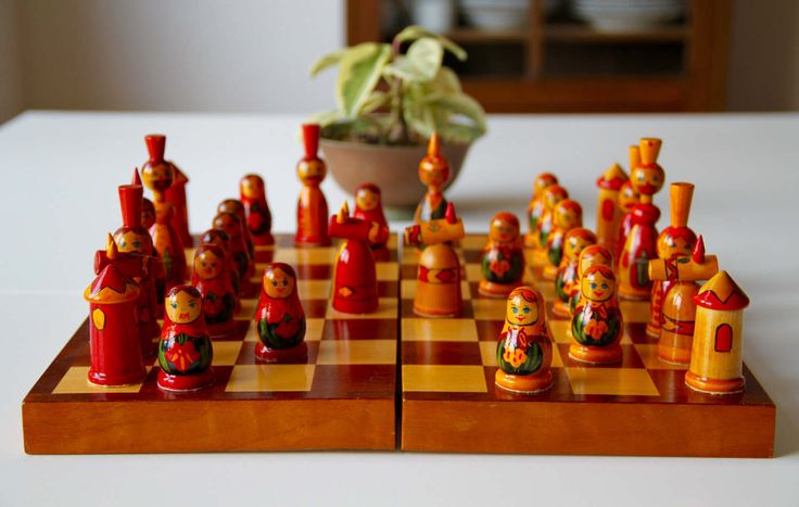Vintage Original Soviet Hand Painted Chess Set from Soviet Union-Belarus(Vitebsk)-1980's-Schachspielset aus Belarus-Made in USSR-Rare(7) von SovietGallery auf Etsy