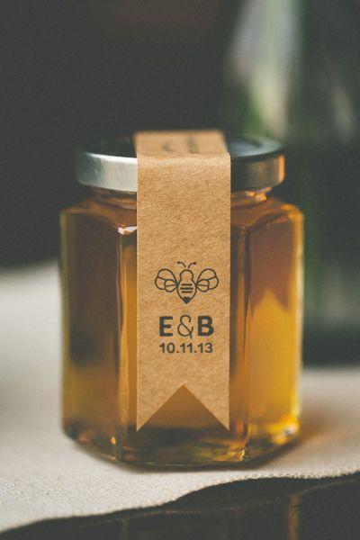 Honey-inspired wedding elements -- custom label honey jars by Cedar Lake Honey Co. {www.cedarlakehoney.com} Photography by The Schultzes {www.lovetheschultzes.com}