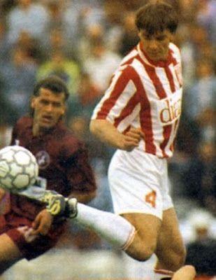 Μητσιμπόνας Γιώργος. Τσαρίτσανη Λάρισας. (1962-1997). Αμυντικός. Από το 1992-1994. (51 συμμετοχές 9 goals).