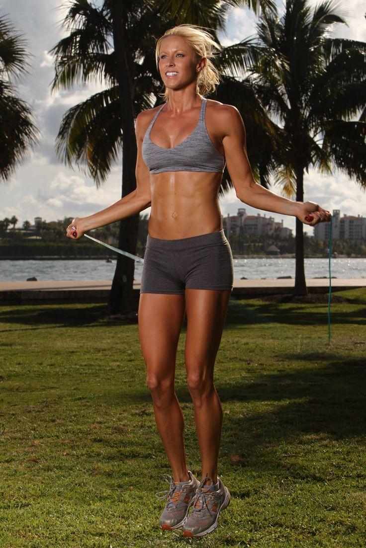 ella magers  vegan fitness inspiration fit vegan women