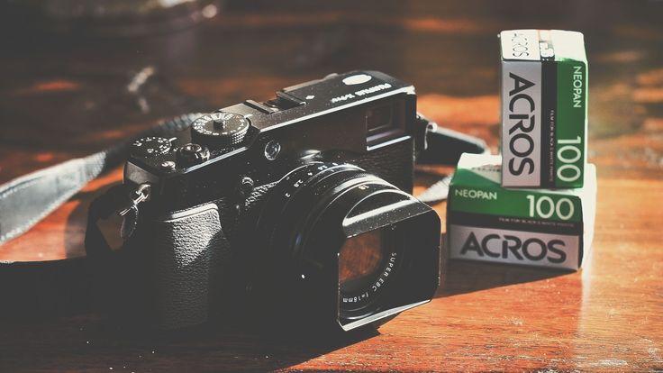 Fujifilm X-Pro kopen? Wat je weten moet over deze 'meetzoekercamera'  Een blog beginnen met een waarschuwing over een camera. Dat doe je niet iedere dag! Toch is dat wat ik deze keer wel ga doen. De (nieuwe) Fujifilm X-Pro 'meetzoekercamera' is géén camera voor iedereen! Geef ik hiermee Fujifilm een gele kaart voor een ondoordacht product? Nee absoluut niet!