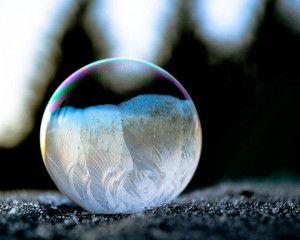 des-sumbliles-bulles-de-savon-gelees-par-le-froid9