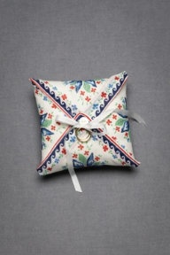 Country-chic ring bearer pillow.