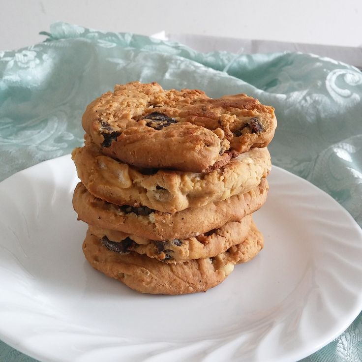 pb and dates cookies main
