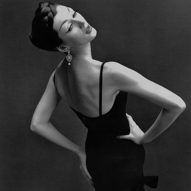 Dovima  #vintage #fashion #50s #1950s #photography