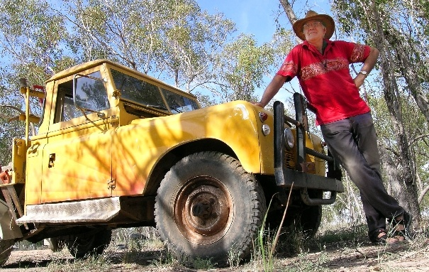 Peter with the old Land Rover at Lightning Ridge