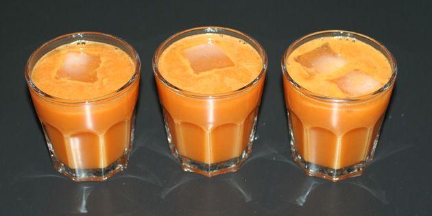Grøntsagsjuice med gulerødder og ingefær