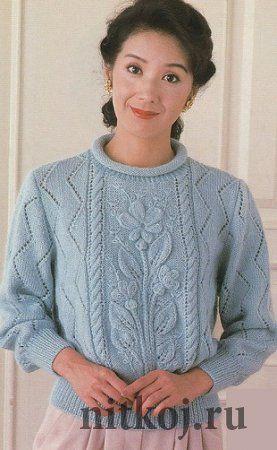 Пуловер спицами «с цветами»