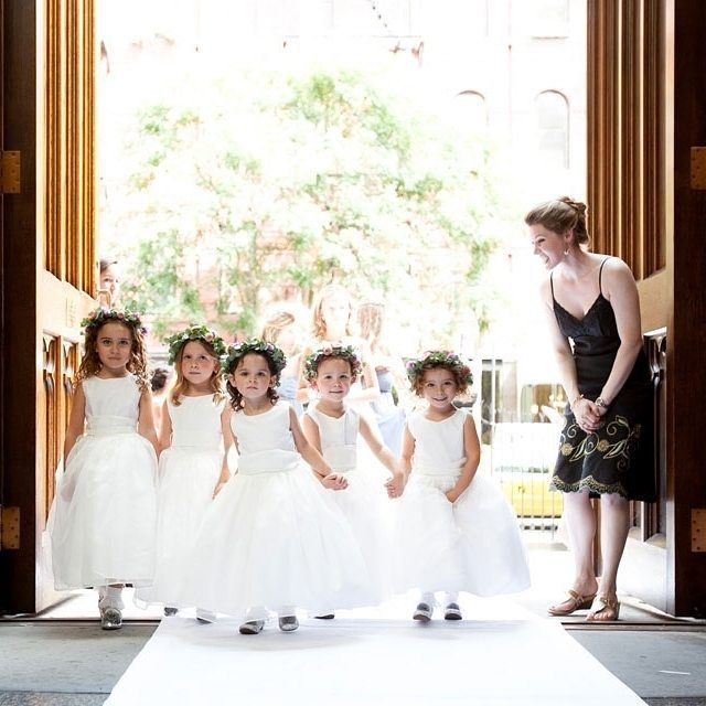 Oh dear, aren't these little ladies just the cutest? Whether they have big smiles or a little swagger attitude going we can't help but love them all! Xoxo @weddingchicks
