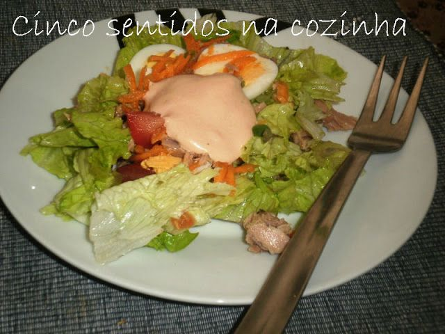 Cinco sentidos na cozinha: Salada simples de atum com ovo
