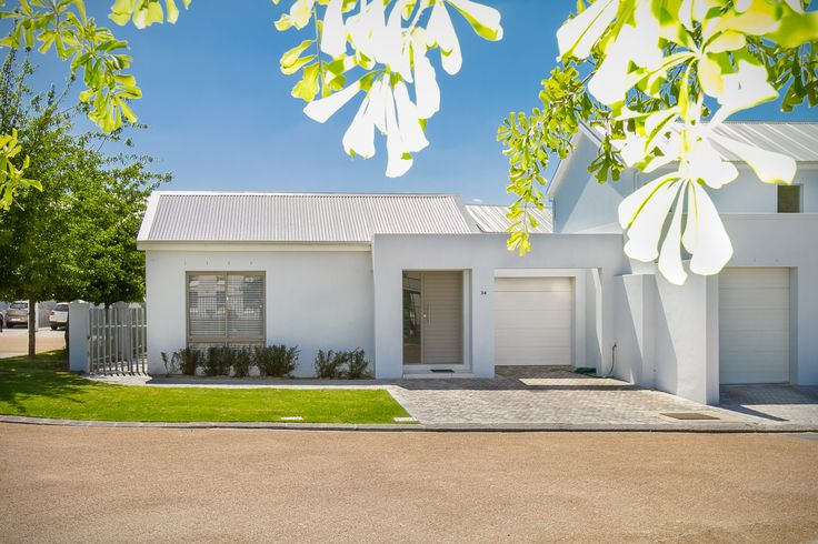 A view of the front of this modern home in Paarl, South Africa.