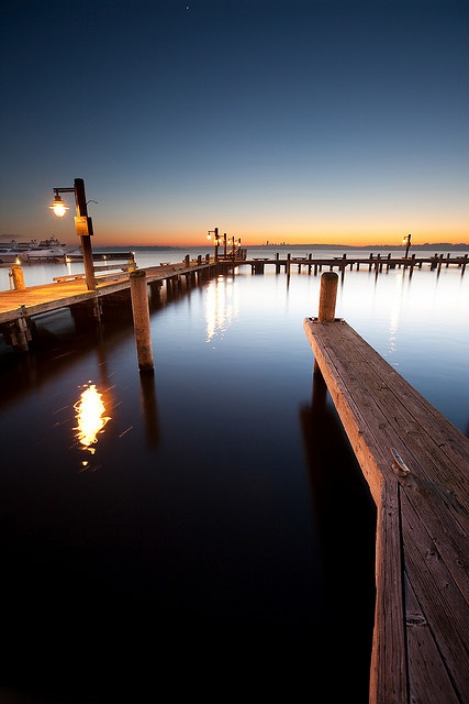 Beautiful Photo Of The Kirkland Waterfront Makes Me Crave Our Twilight Summers When It S Deep